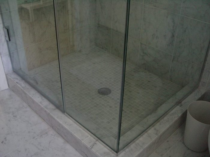 Cleaning Guide How To Clean Your Glass Shower Doors Properly: How To Clean Your Shower Door Tracks